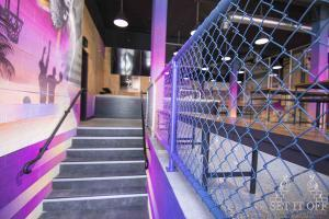 Full Fit Out Interior - Dribbles - Entry One - Custom Fence